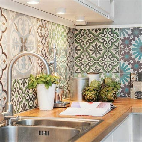 carrelage cuisine mural le carrelage mural en 50 variantes pour vos murs