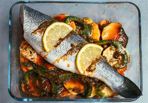 menu cuisine marocaine recette du poisson au four façon tajine les délices d 39 amal