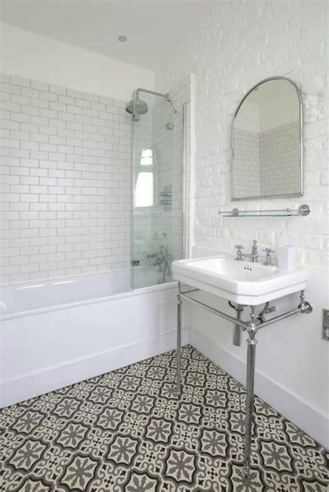 hexagon mosaic tile backsplash choosing bathroom design ideas 2016