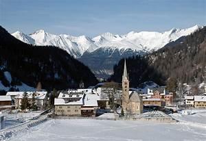 Berg U00fcn  Bravuogn  Switzerland