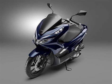 Honda Pcx 2018 Novidades by Pcx ハイブリッドモデル 2018 を発表 バイク初で何が変わる