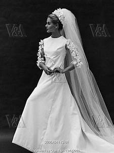 our favorite 196039s wedding dresses With 1960s wedding dresses styles