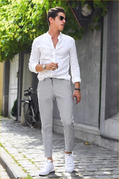 Fabulous Men Summer Wedding Outfit | Wedding Photography