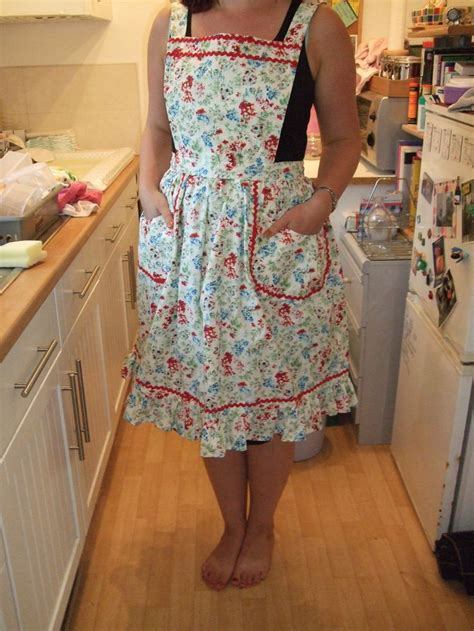what is an apron vintage apron vintage style apron pattern free and style