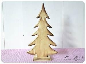 Weihnachtsbaum Deko Basteln : die besten 25 holz tannenbaum ideen auf pinterest ~ Lizthompson.info Haus und Dekorationen