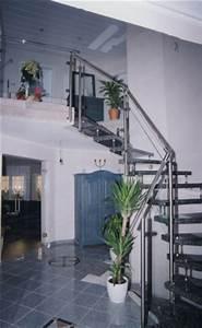 Treppengeländer Mit Glas : gel nder edelstahlgel nder als treppengel nder mit einer f llung aus glas ~ Markanthonyermac.com Haus und Dekorationen