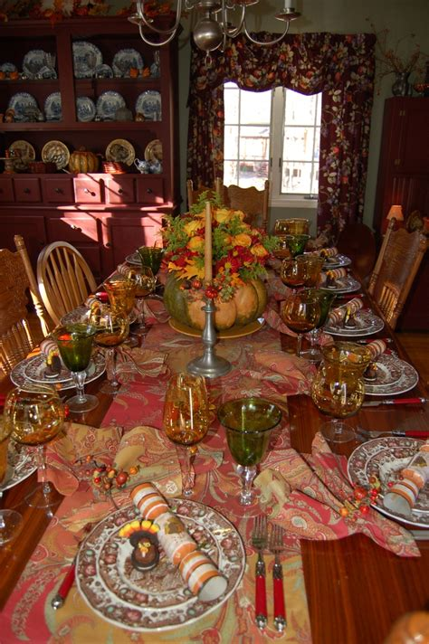 thanksgiving tablescape ideas 126 best thanksgiving tablescapes images on pinterest
