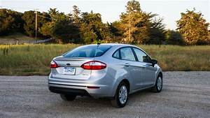 2014 Ford Fiesta Sfe Ecoboost Review  3