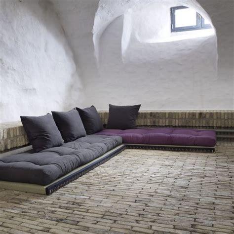 canapé sol des canapés à même le sol le sol finis les et les canapés