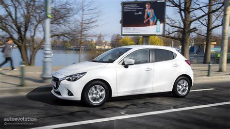 Mazda2 Sedan 2015 Review