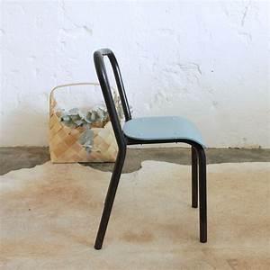 Chaise Metal Tolix : petite chaise style tolix atelier du petit parc ~ Teatrodelosmanantiales.com Idées de Décoration