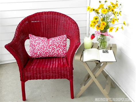 krylon dual repainting a wicker chair mad in crafts