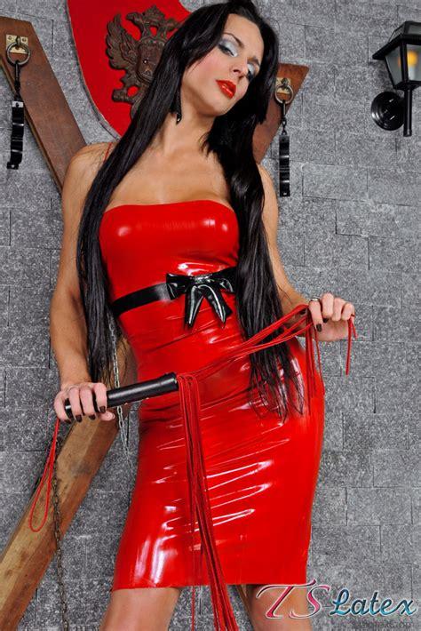 vivian aguilera shemale mistress viviany  red