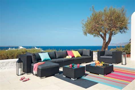 maisons du monde meubles  decoration pour terrasse jardin  balcon cote maison