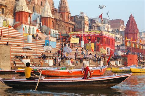 What Is To Take A Boat Ride In Spanish by Why You Should Take A Boat Ride Along The Varanasi Ganges