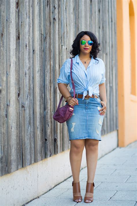 High Waisted Denim Skirt Outfits - Redskirtz