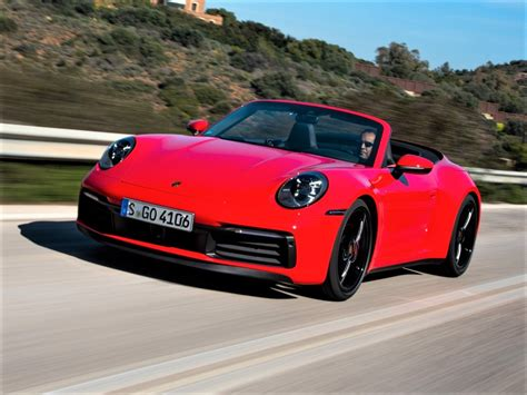 See pricing & user ratings, compare trims this graph helps you recognize a fair price for the porsche 911 by displaying national new car sales transactions submitted by anonymous author on may 20, 2019|2019 porsche 911 carrera. First drive: 2019 Porsche 911 Carrera 4S Cabriolet in Greece | Drive Arabia