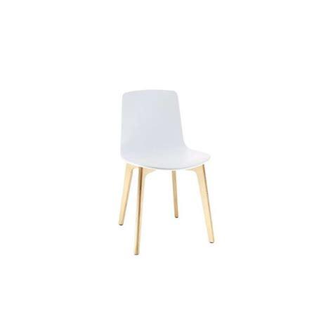4 pieds chaise chaise design en polypropylène lottus pieds bois enea