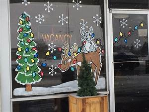 Local, Artist, Spreads, Christmas, Cheer, With, Festive, Window, Paintings
