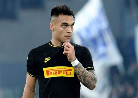 He began his football career in his native argentina where he made his senior debut in 2015 with racing club. Lautaro Martinez can only leave for release clause according to Inter Milan chief - The Chelsea ...