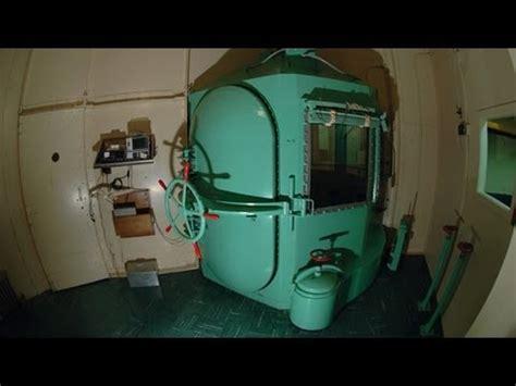 execution chambre a gaz barbaric gas chamber a comeback