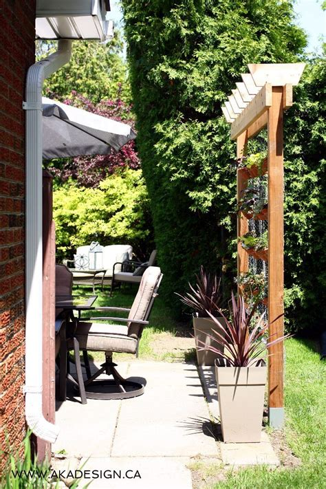 To Make A Vertical Garden Wall by How To Build Your Own Diy Vertical Garden Wall