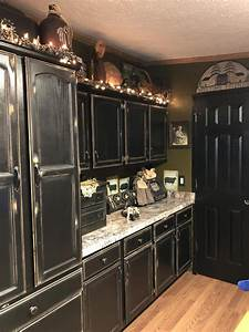 Black, Cabinets, Primitive, Style, Distressed, Primitivebathrooms