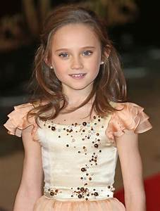Isabelle Allen Picture 1 - Les Miserables World Premiere ...