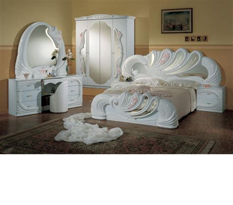 Bedroom Vanity Set White by Dreamfurniture Vanity White Italian Classic