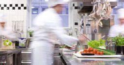 L 39 entrata merci in sicurezza nelle cucine e nei locali di for Sicurezza nelle cucine