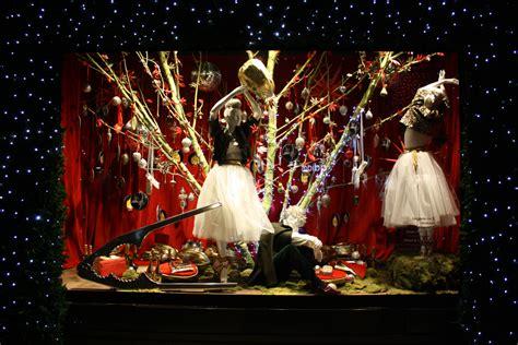 selfridges  unusual christmas window display