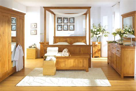 Bett In Überlänge  Komfort Für Große Menschen Massiv
