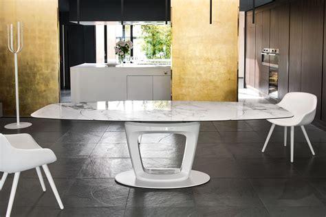 Auto & design è una rivista con caratteristiche di alta professionalità. Calligaris orbital Pininfarina-Design Extendable Table ...