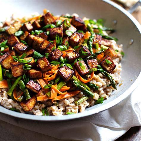 tofu stir fry honey ginger tofu and veggie stir fry recipe pinch of yum