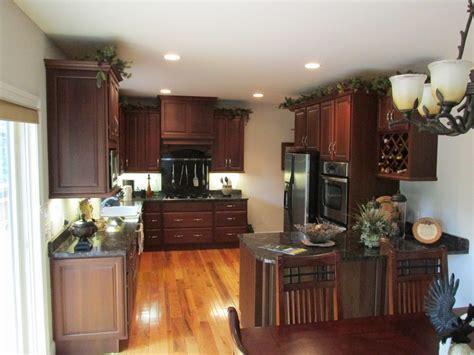 kitchen cabinets wooden