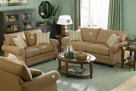 green living room walls taupe sofa apple green wall