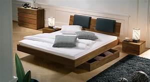 Betten Mit Bettkasten : bequemes bett rimini aus hochwertigem buchenholz ~ Orissabook.com Haus und Dekorationen