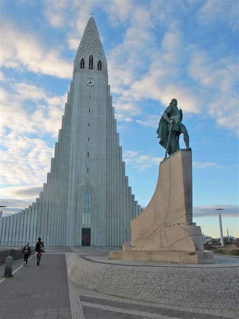 leif erikson monument  front  reykjavik church