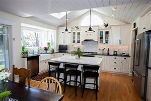 Great Vaulted Ceiling Kitchen Callier And Thompson