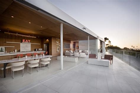 San Diego Architects Create Indoor/Outdoor Living with