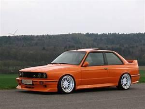 Bmw 318i E30 : orange e30 custom hot wheels ideas bmw bmw e30 bmw 318i ~ Melissatoandfro.com Idées de Décoration