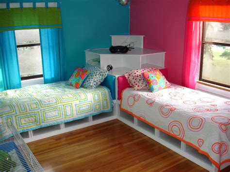 Decorating Ideas For L Shaped Bedroom by Best 25 L Shaped Beds Ideas On How To Make