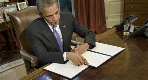 Obama Veto Obama Vetoes Massive Defense Bill Over Budget Spat Politico