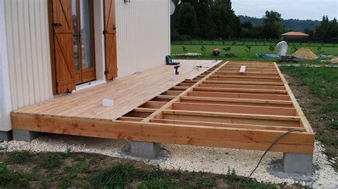 autoconstruction d une terrasse en bois de douglas et