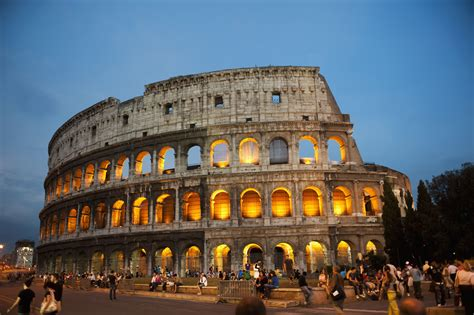 How To Avoid The Ticket Line At The Roman Colosseum