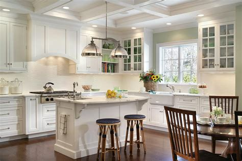 decorating ideas for kitchens with white cabinets 30 popular traditional kitchen design ideas