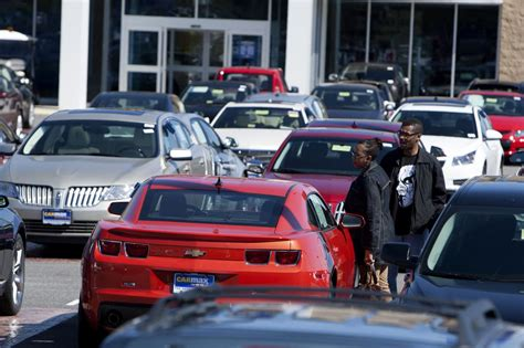 car startups lure buyers    dealer lots