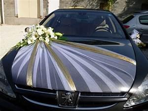 Decoration Voiture Mariage : pingl par chourouk sur mariage pinterest deco voiture mariages et voitures ~ Preciouscoupons.com Idées de Décoration