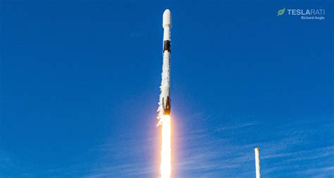 SpaceX rocket test-fired for first Starlink launch since ...