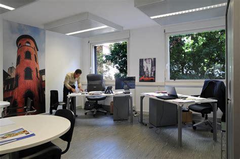 louer un bureau à la journée location de bureau lyon bureaux de passage équipés à